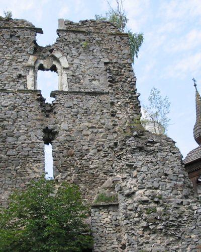Ruins_rodna_veche